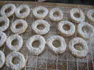 german cookies with powdered sugar